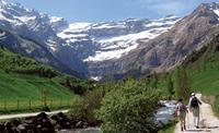 Hiking in the Alps: Haute Pyrenees in France - UTracks Travel