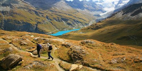 UTracks | Hiking in the Alps: 10 Walks to add to your Bucket List