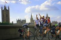 Paris to London cycle group