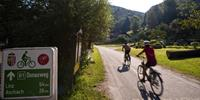 Self guided cyclists on the Danube cycle path