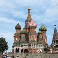 Wandering around Saint Basil's Cathedral in Moscow | Fiona Windon