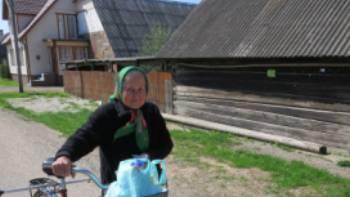 Local lady near Peipsi Lake
