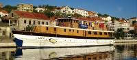 boat Linda