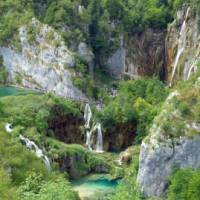 Explore the stunning beauty of the Plitvice Lakes on foot