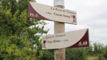 Bordeaux Medoc signposts | Jaclyn Lofts