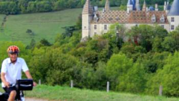 Cruising past castles on the Burgundy Cycle | Pat Kline
