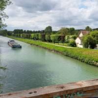 Barge on the Marne canal near Esbly