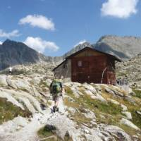 Refugi Colomina in the high Pyrenees