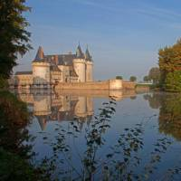 Sully sur in the Loire Valley | P Forget
