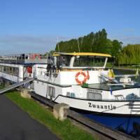 The Zwaantje docked with bikes ready