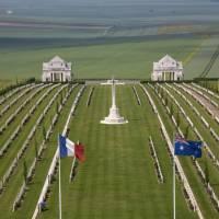Australian Cemetery in the Vallee de la Somme in France   Steve Allen