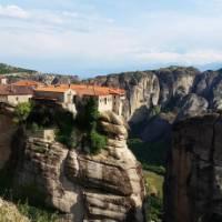 The stunning cliff top monasteries of Meteora | Hetty Schuppert