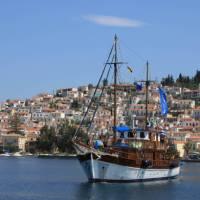 Island hopping in the Greek Peloponnese Islands