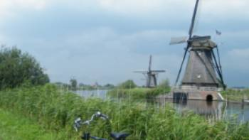 Traditional windmills outside of a small Dutch village, Holland | Jan Shaddick