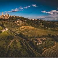San Gimignano and the surrounding Tuscan landscape | Tim Charody