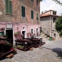 Visiting small towns is a part of the experience of cycling through Tuscany