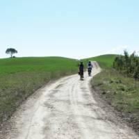 Cycling towards Bagno Vignoni on the Via Francigena cycle path