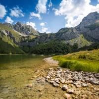 Untouched beauty of Trnovacko Lake on the Via Dinarica