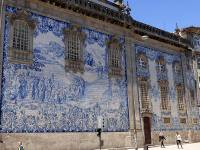 The beautiful Capela Das Almas chapel near Porto train station |  <i>Pat Rochon</i>