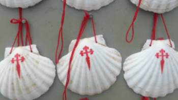 The scallop shell can be found all along the Camino | Gesine Cheung
