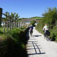 Cyclists on the Camino Frances | Gesine Cheung