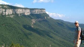 Stunning views of the escarpment enroute to the village of Rupit