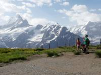Children in front of the Schreckhorn in the Bernese Oberland |  <i>Ross Baker</i>