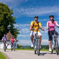 Swiss Chocolate Cycle #2 cycling to Zug