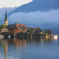 Hallstatt on the Hallstattersee lake, Austria
