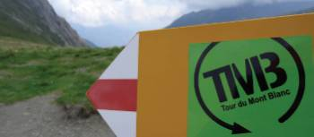 Trail markers along the Tour du Mont Blanc circuit | Annika Rautiola