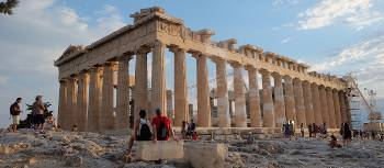 Afternoon on the Acropolis in Athens | Jaclyn Lofts