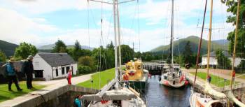 Plan a Scotland boat holiday in the